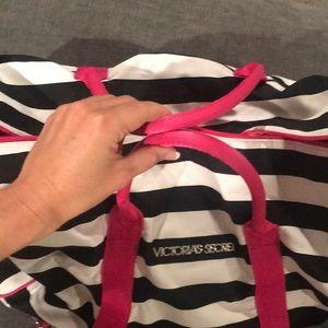 Victoria's Secret Bags - Women's Victoria Secret Duffle Bag